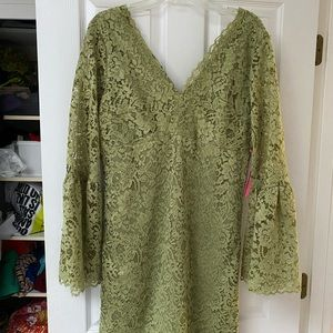 Green Lace Betsey Johnson Dress Size 12 NWT
